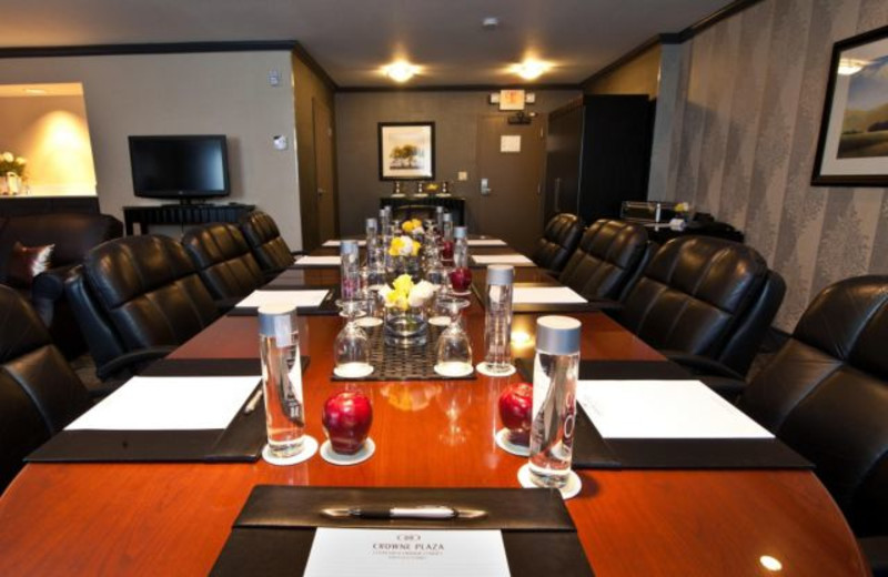 Board Room at Crowne Plaza Costa Mesa OC