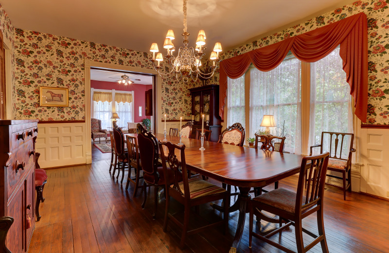 Dining room at C.W. Worth House Bed & Breakfast.
