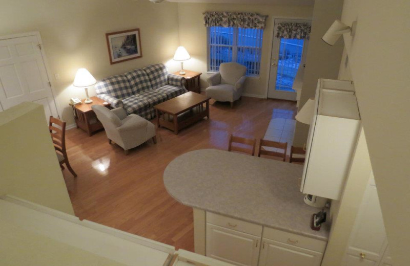 Suite interior at Delavan Lake Resort.
