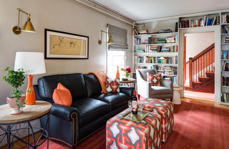 Lounge at Oakhurst Inn.