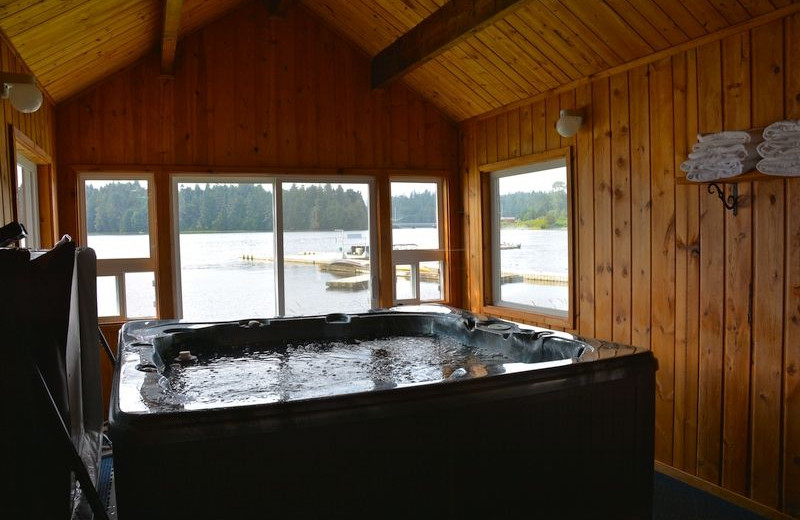 Hot tub at The Fireweed Lodge.
