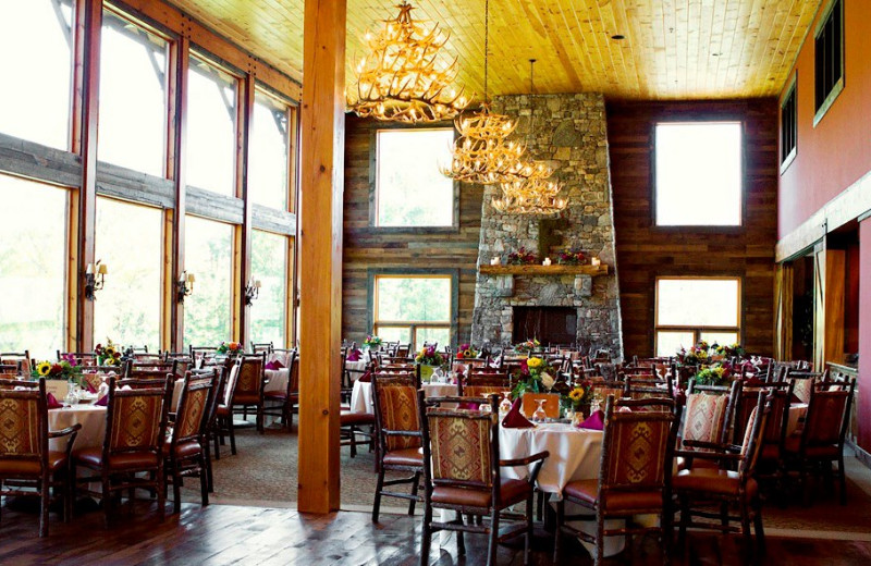Dining at Laurel Ridge Country Club & Event Center.