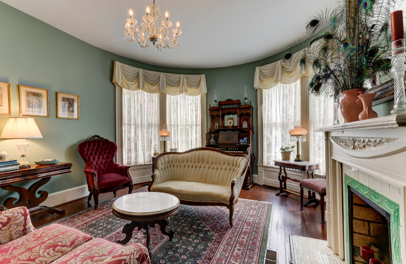 Parlor at C.W. Worth House Bed & Breakfast.
