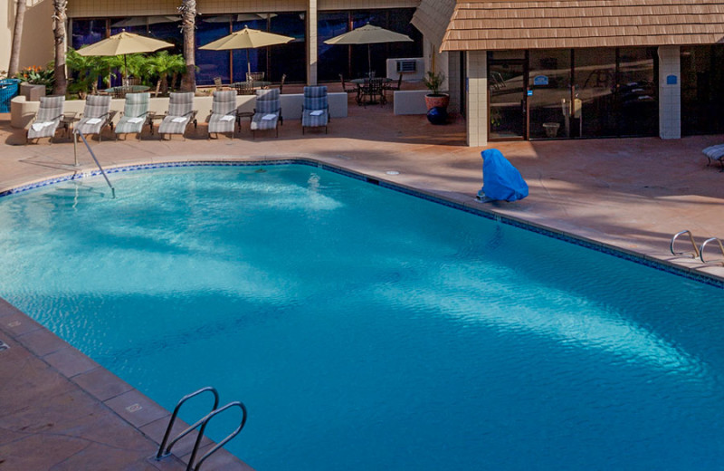 Outdoor Swimming Pool at Wyndham San Diego Bayside