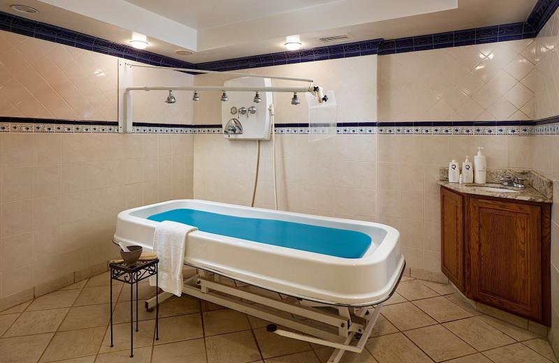 Spa tub at Plaza Resort & Spa.