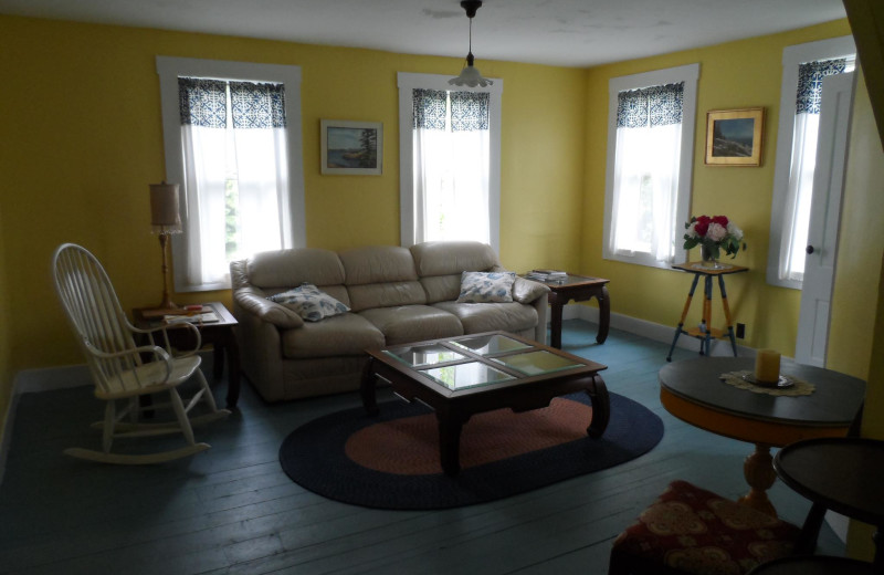Cottage living room at Rossport Lodging & Retreat.