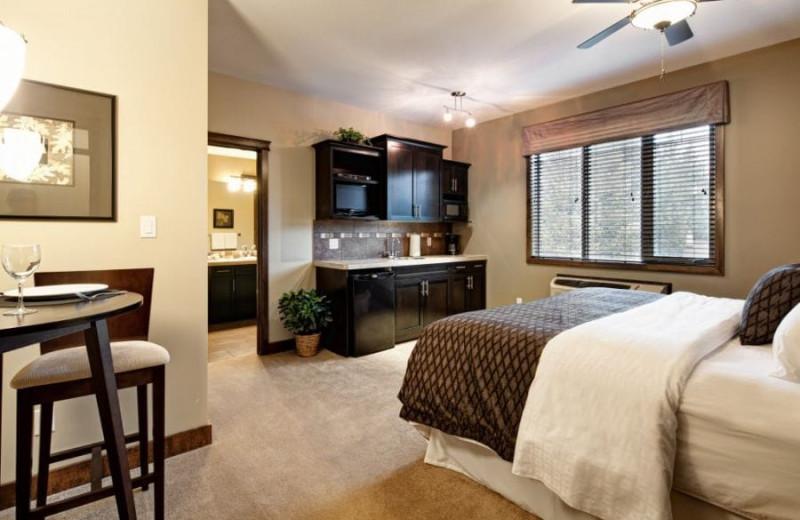Guest bedroom at Bighorn Meadows Resort.