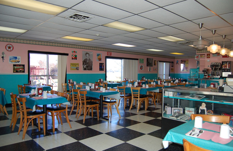 Helen's Diner, a 50s style diner at Tidewater Inn.