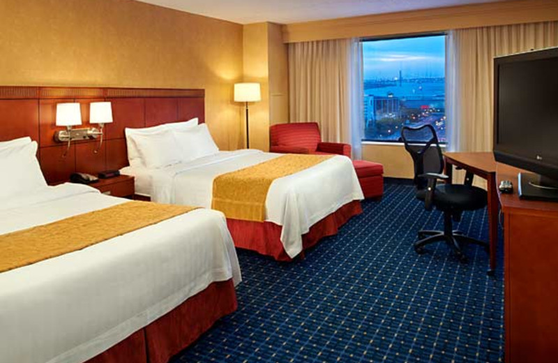 Guest room at Courtyard by Marriott Detroit Downtown.