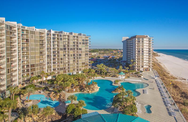 Exterior view of Edgewater Beach & Golf Resort.
