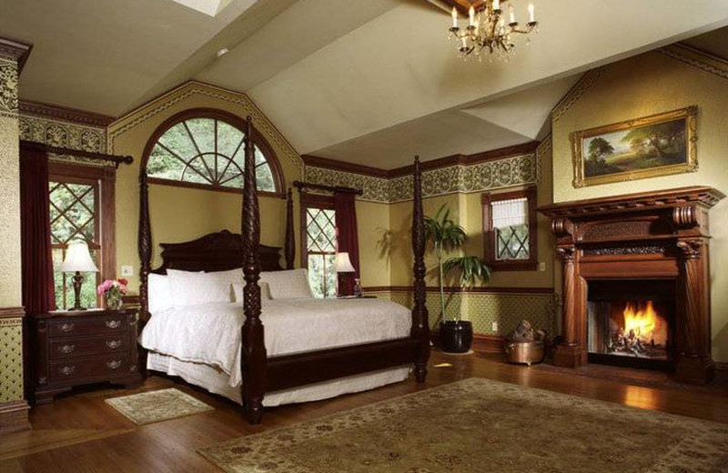 Master Suite at Pink Mansion.