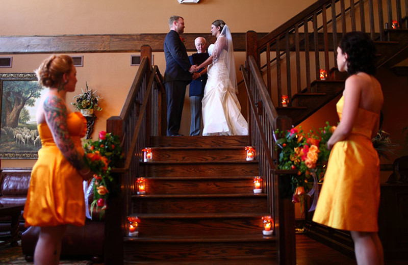 Wedding at Mountain Lodge & Conference.