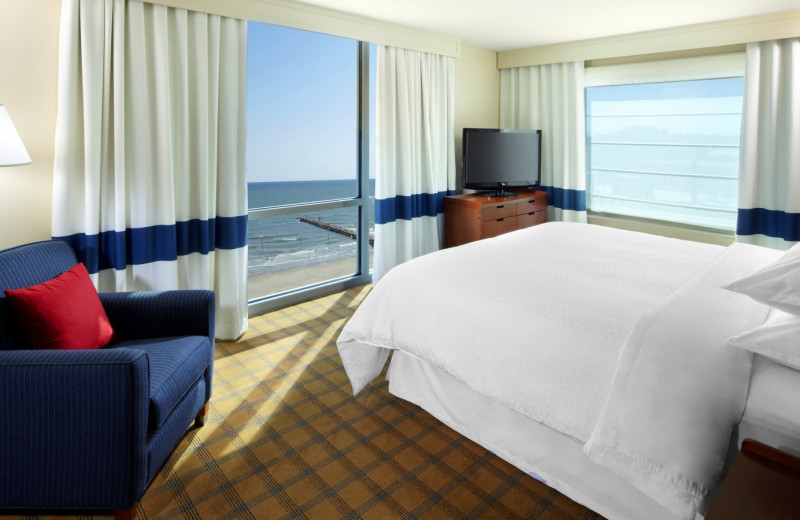 Guest Room at Four Points by Sheraton Galveston