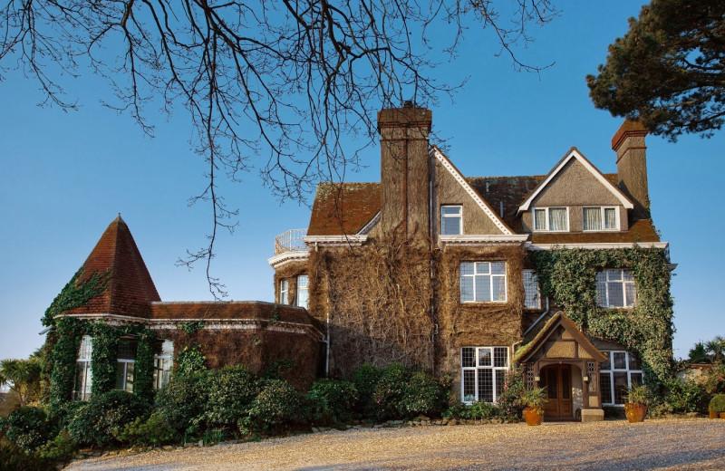 Exterior view of Merchants Manor.