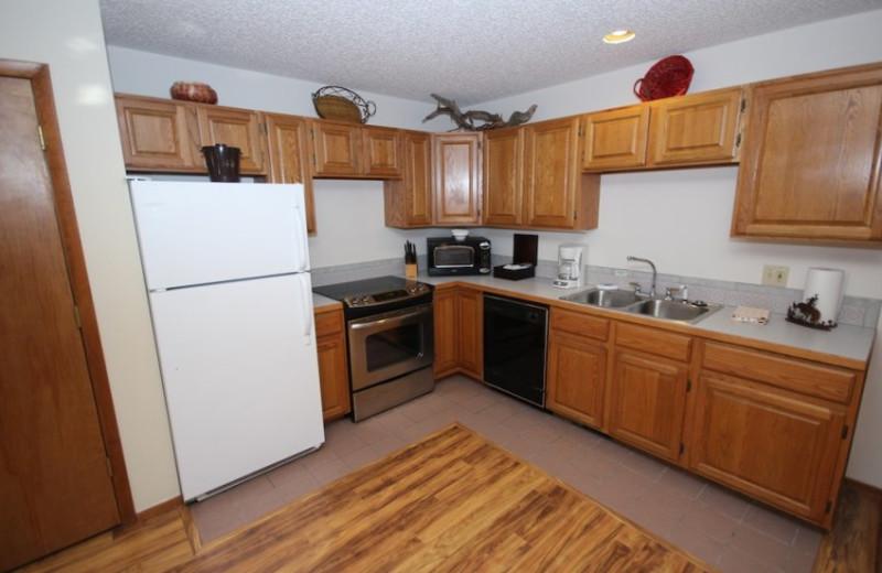 Suite Kitchen at Boulder Brook on Fall River