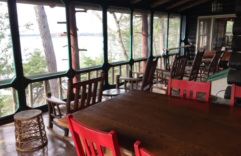 Rental dining room at Vacation Cottages.
