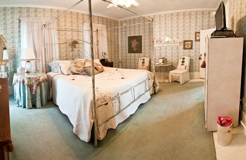 Guest room at Manor Of Time Bed & Breakfast.