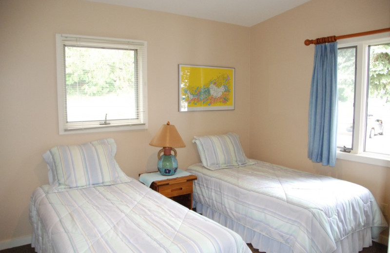 Cabin bedroom at Chimney Corners Resort.