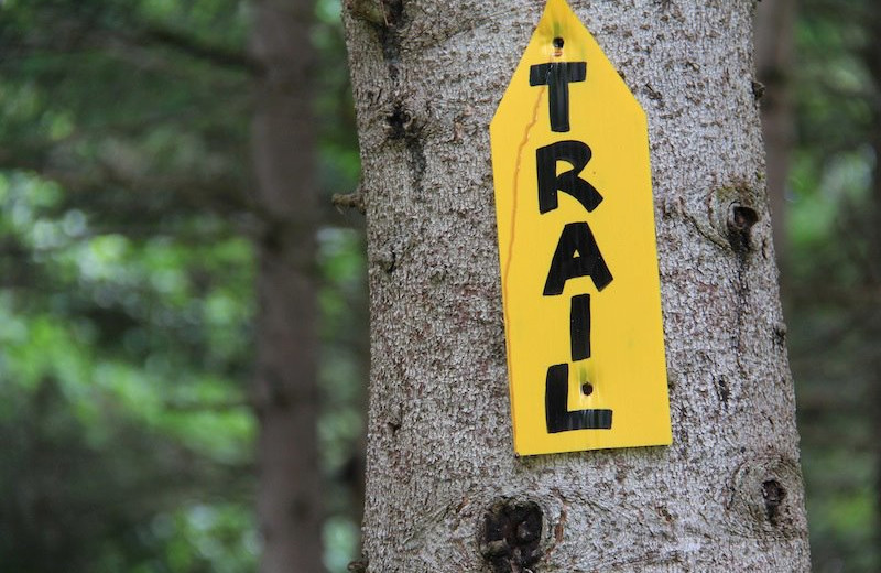 Trail sign at Bartlett Lodge.