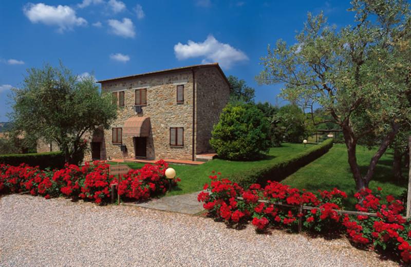 Exterior view of Antico Casale di Scansano.