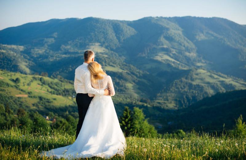 Weddings at Stony Brook Cabins LLC.