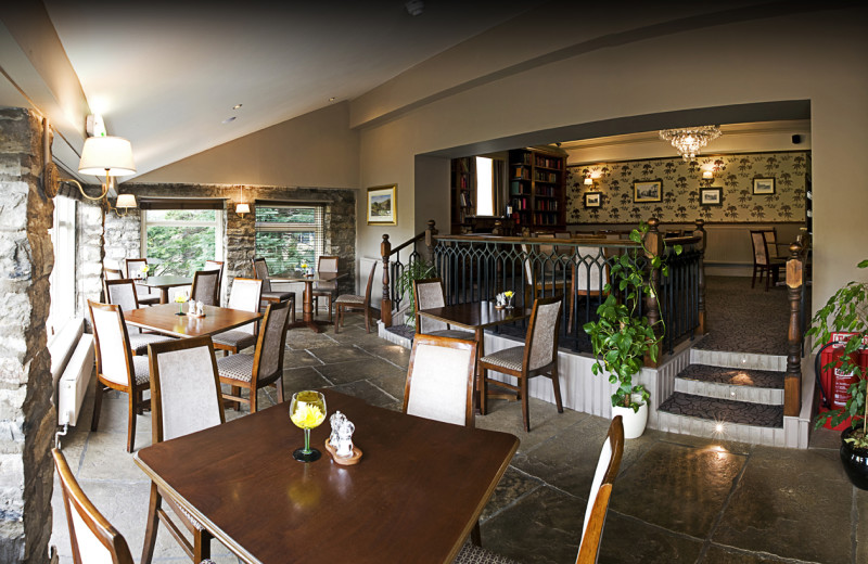 Dining at Palmer Flatt Hotel.