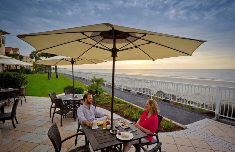 Patio dining at The King and Prince Beach & Golf Resort.