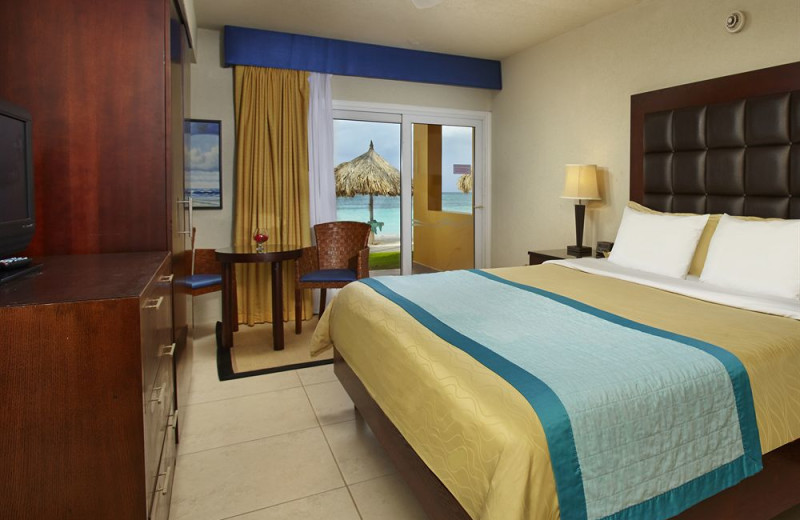 Guest room at Tamarijn Aruba.