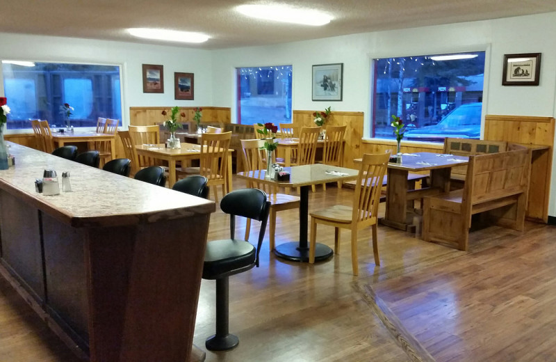 Dining at Sunrise Inn.