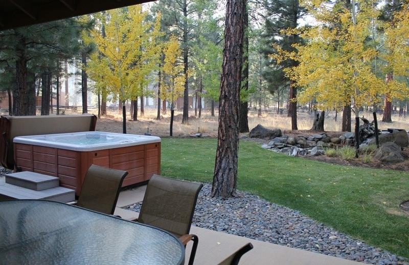 Rental hot tub at Sisters Vacation Rentals.