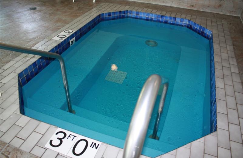 Hot tub at Parkwood Lodge.