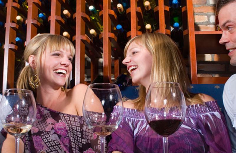 Wine tasting at Lakeside Lodge & Suites.