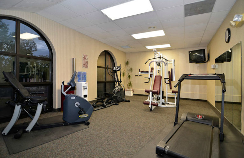 Fitness Room at Comfort Inn at Thousand Hills