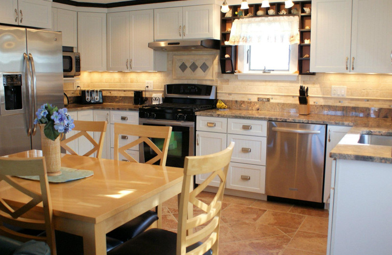 Cottage kitchen at Beach Realty.