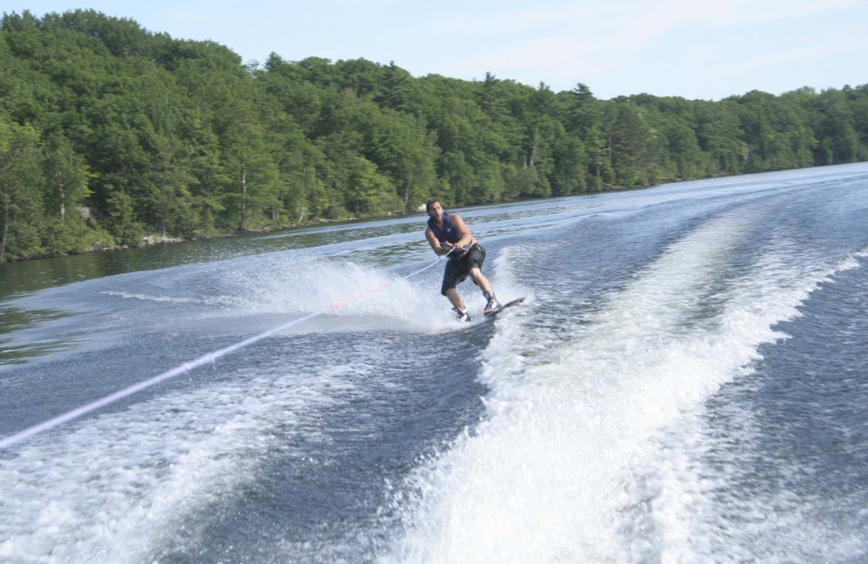Water skiing at Bobs Lake Cottages.
