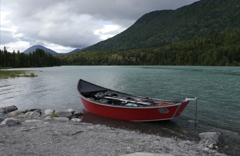 Boat at Gwin's Lodge & Kenai Peninsula Charter Booking Service.