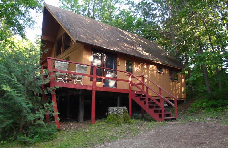 Cabin exterior at Five Lakes Resort.