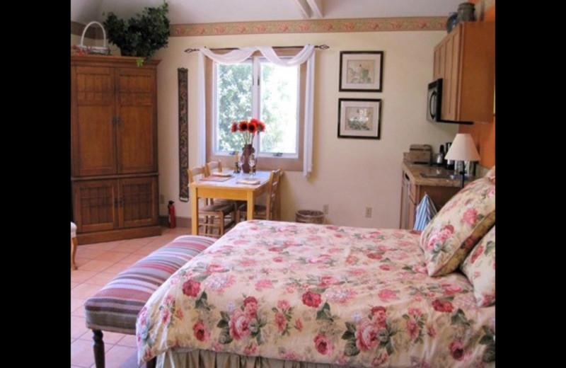 Guest bedroom at Tam Valley Bed & Breakfast.