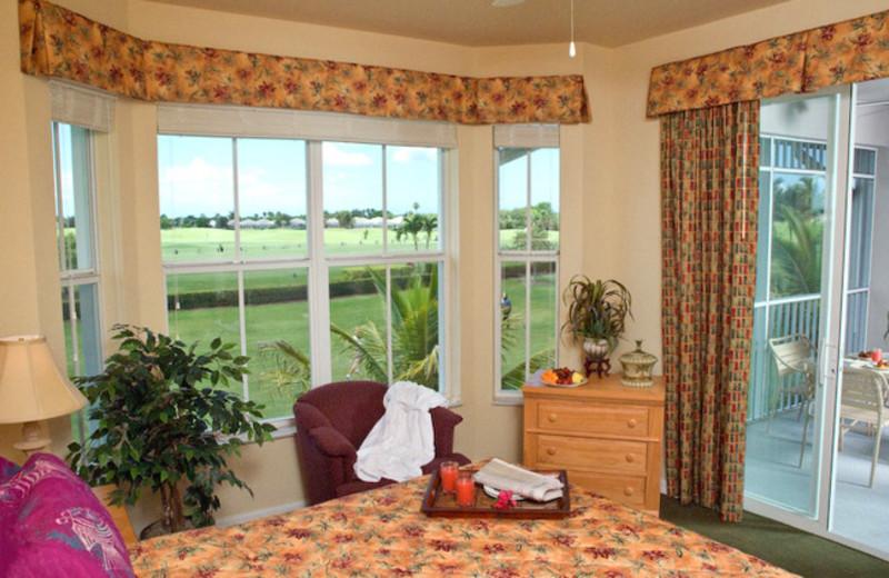 Guest room at GreenLinks Golf Villas at Lely Resort.