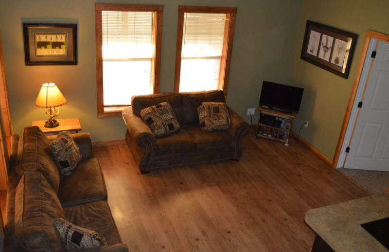 Cabin living room at Mulberry Mountain Lodging & Events.