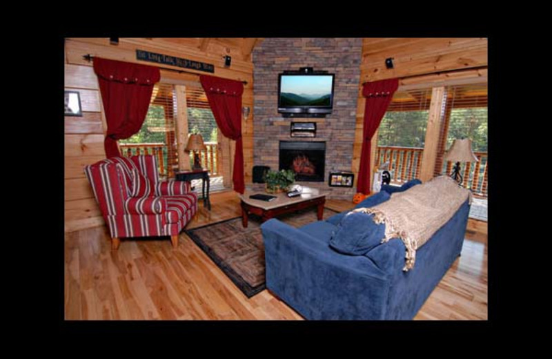 Cabin living room at Eden Crest Vacation Rentals, Inc. - American Bear.