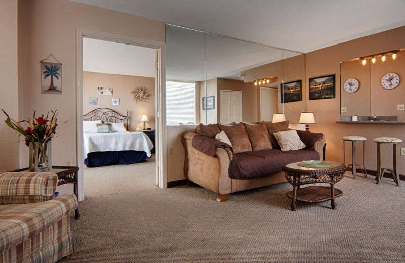 Guest suite at Fountain Beach Resort.