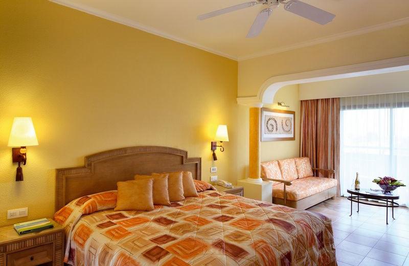 Guest Room at Barceló Maya Tropical