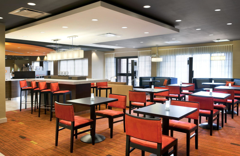 Dining at Courtyard by Marriott Scottsdale Old Town.