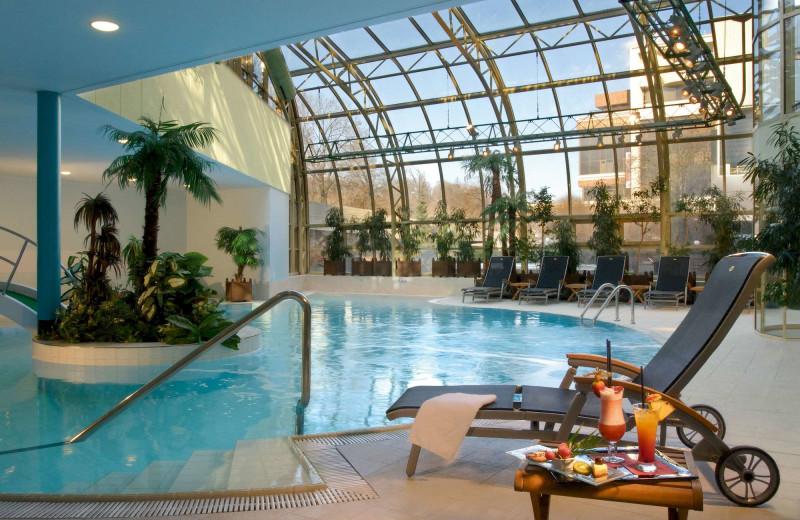 Indoor pool at InterContinental Praha.