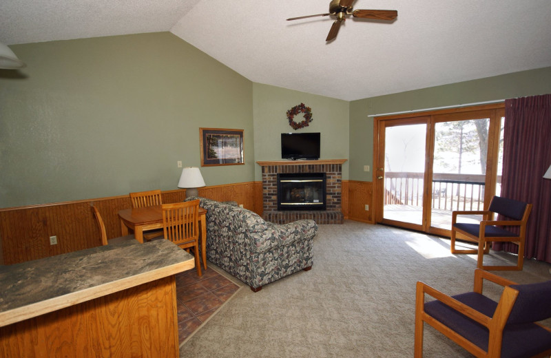 Guest living room at Kavanaugh's Sylvan Lake Resort.