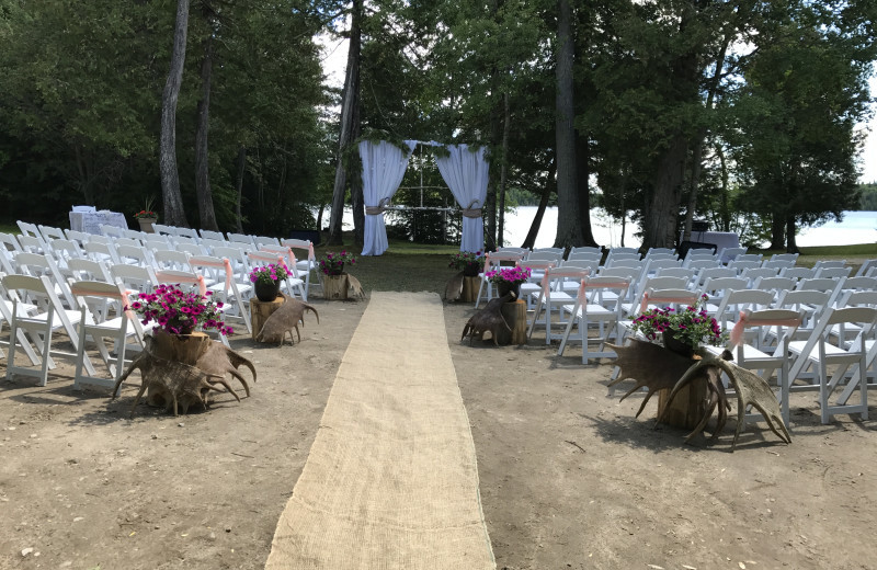 Weddings at Rainbow Point Lodge.