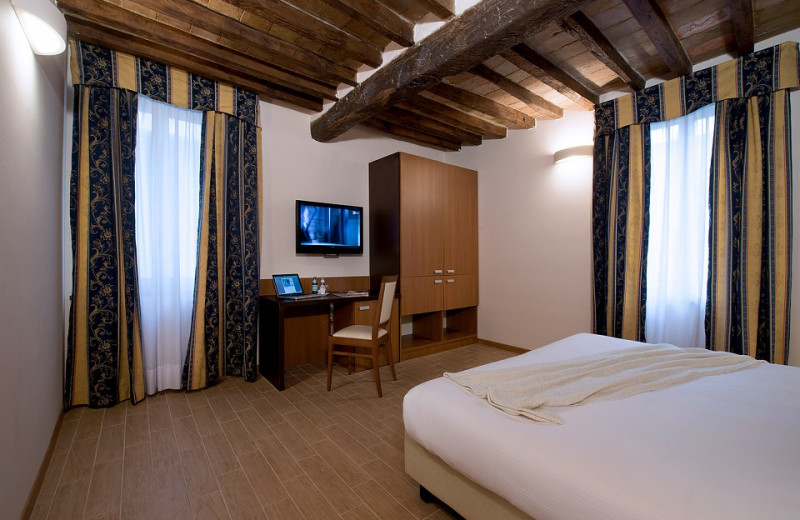 Guest room at Villa Ducale Hotel.