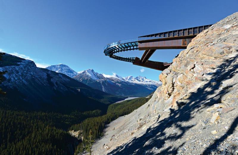 Train near Mount Robson Inn.