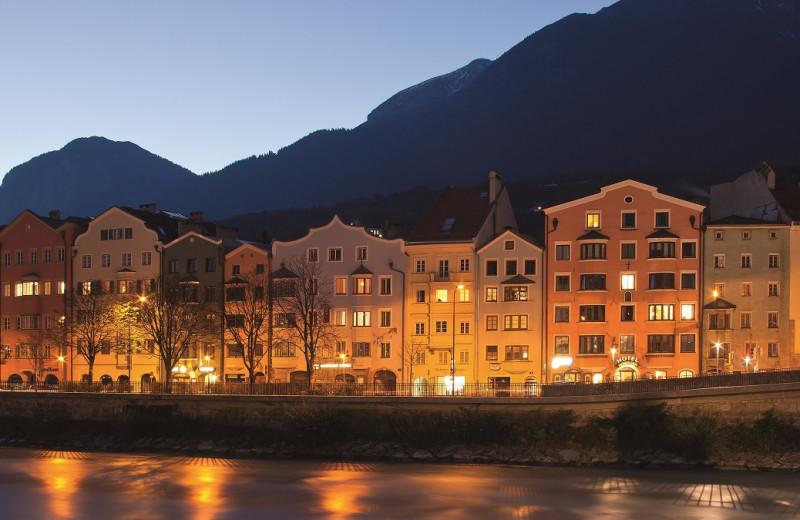 Exterior view of BEST WESTERN Hotel Mondschein.